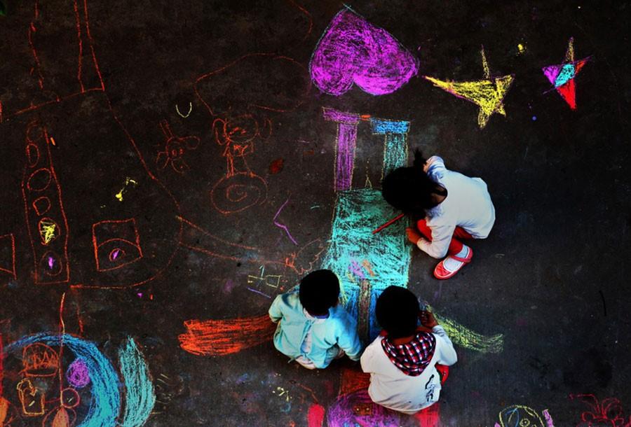 都昌县疾病预防控制中心-江民海-《彩色童年》