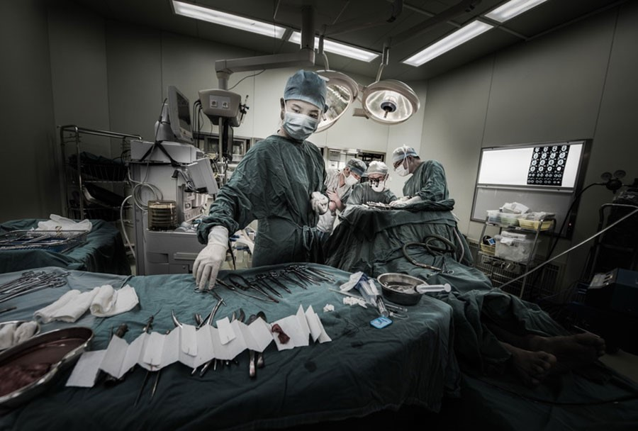 上海市松江区中心医院-马黎斌-《无影灯下》